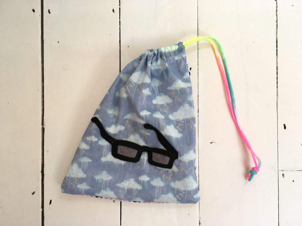 3d-glasses-bag
