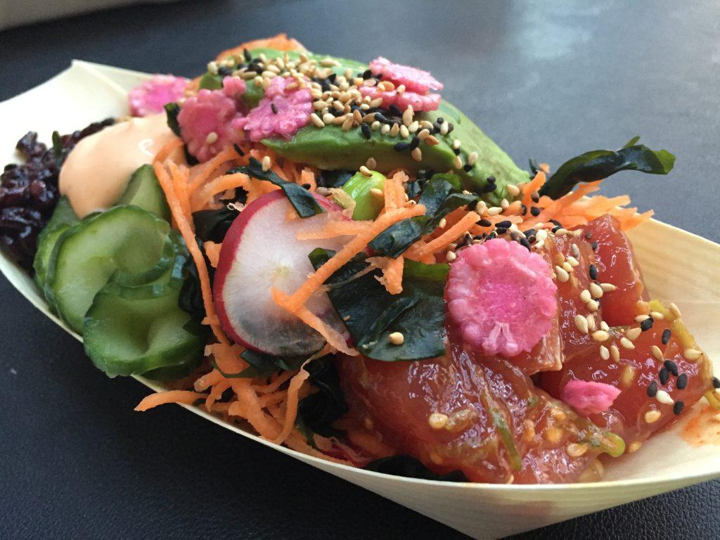 Spicy ahi tuna pokē from Eat Pokē