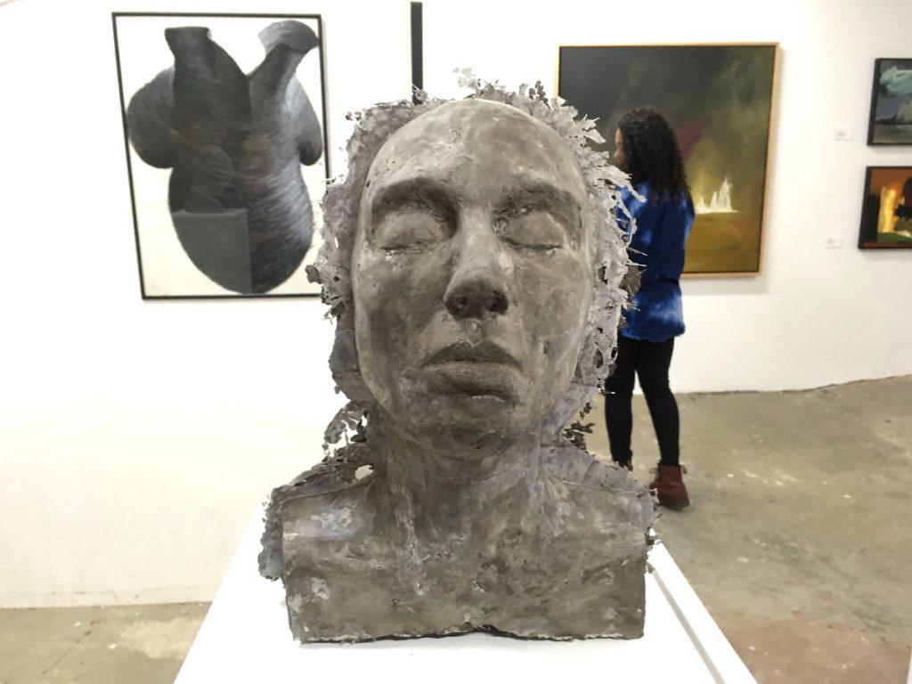 gallery-head