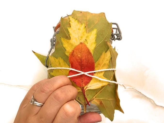 tying-lantern